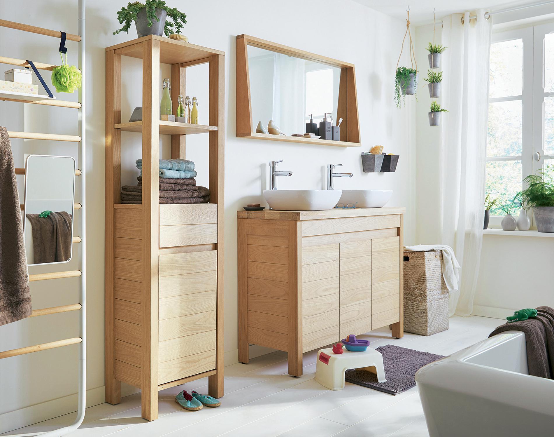 Большая ванная деревянная