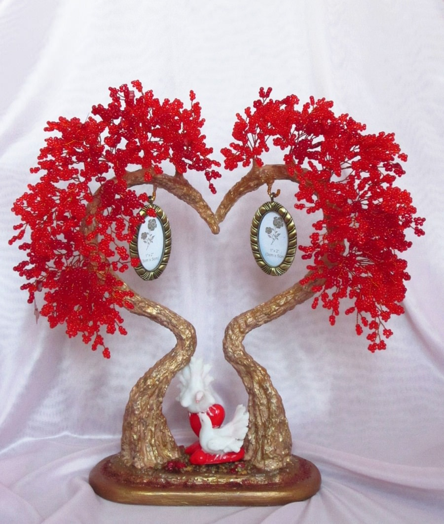 Подарок на 14 февраля своими руками дерево из бисера