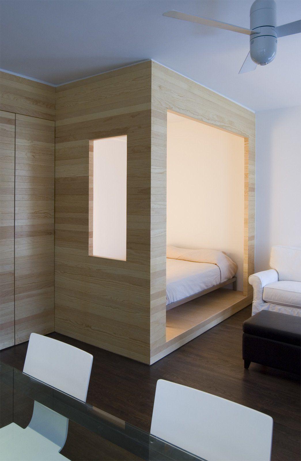 Кровать подиум деревянная