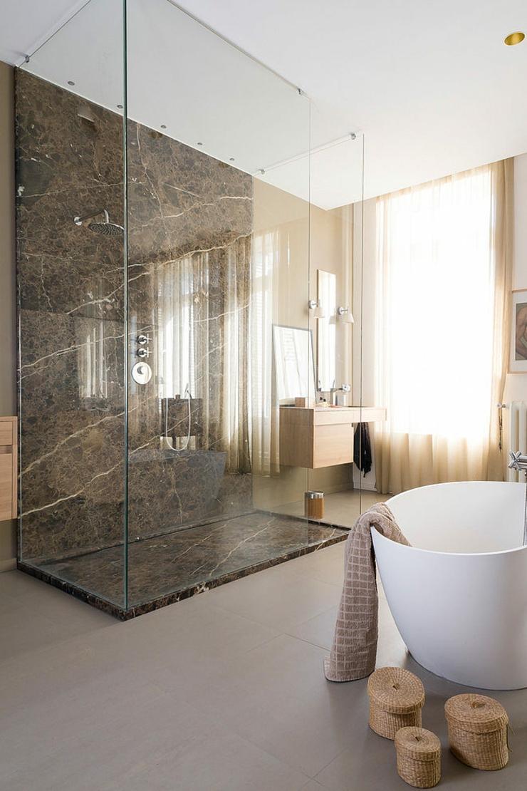 Большая ванная с душем