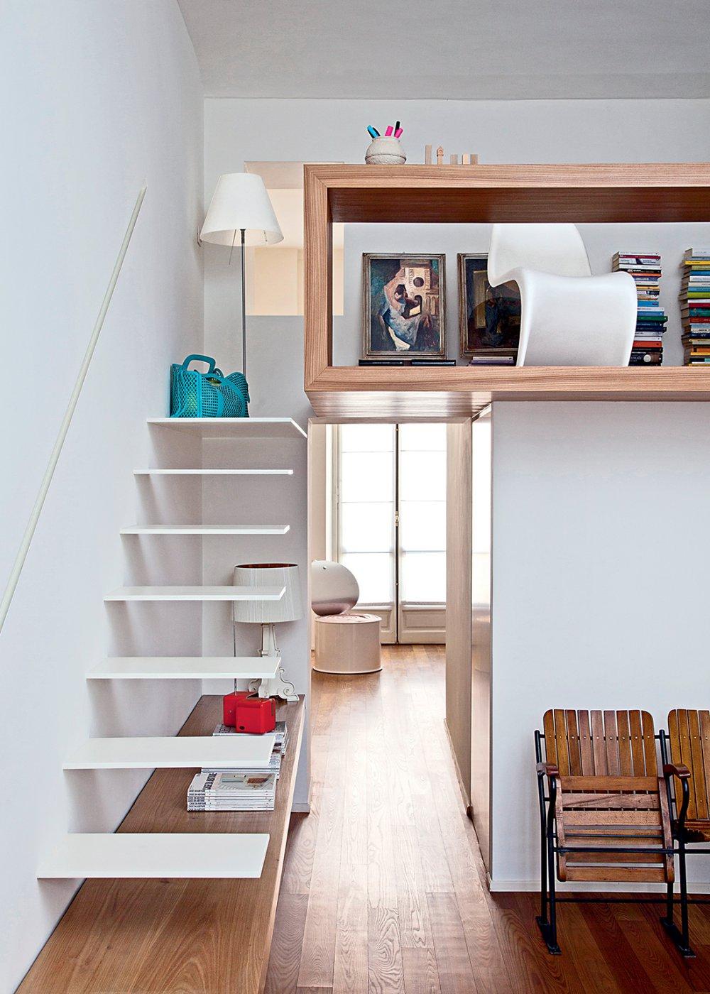 Интерьер для девушки в двухуровневой квартире