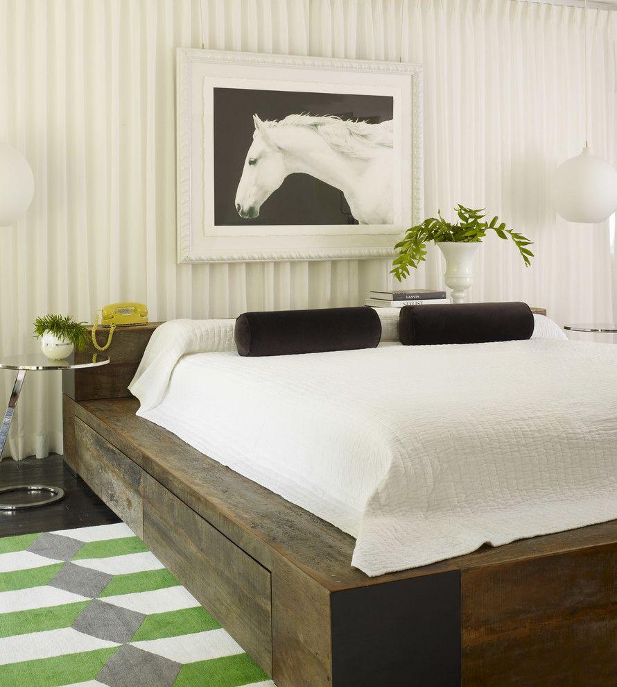 Кровать подиум в эклектичном стиле