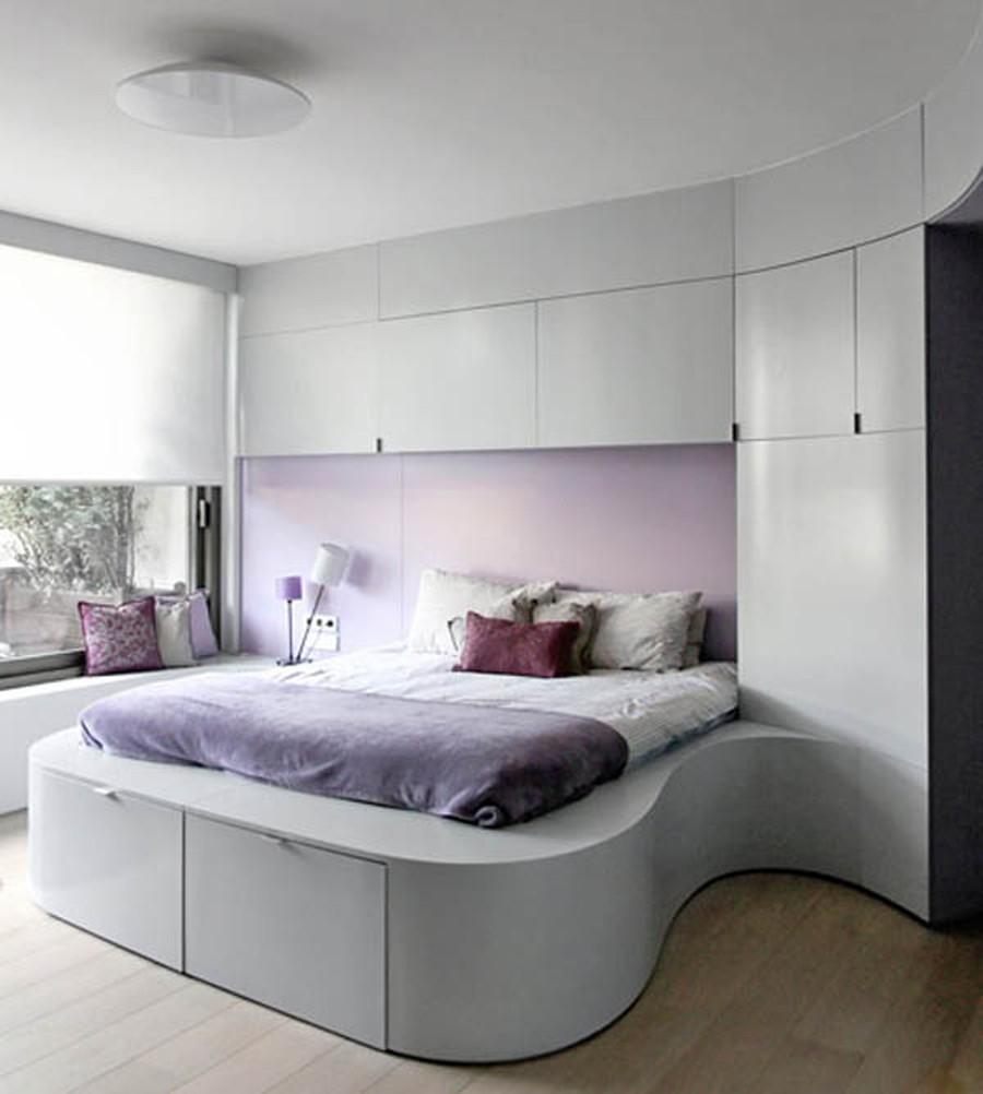 Кровать подиум фигурная