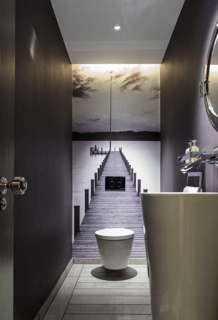 Фотообои в туалете на стене