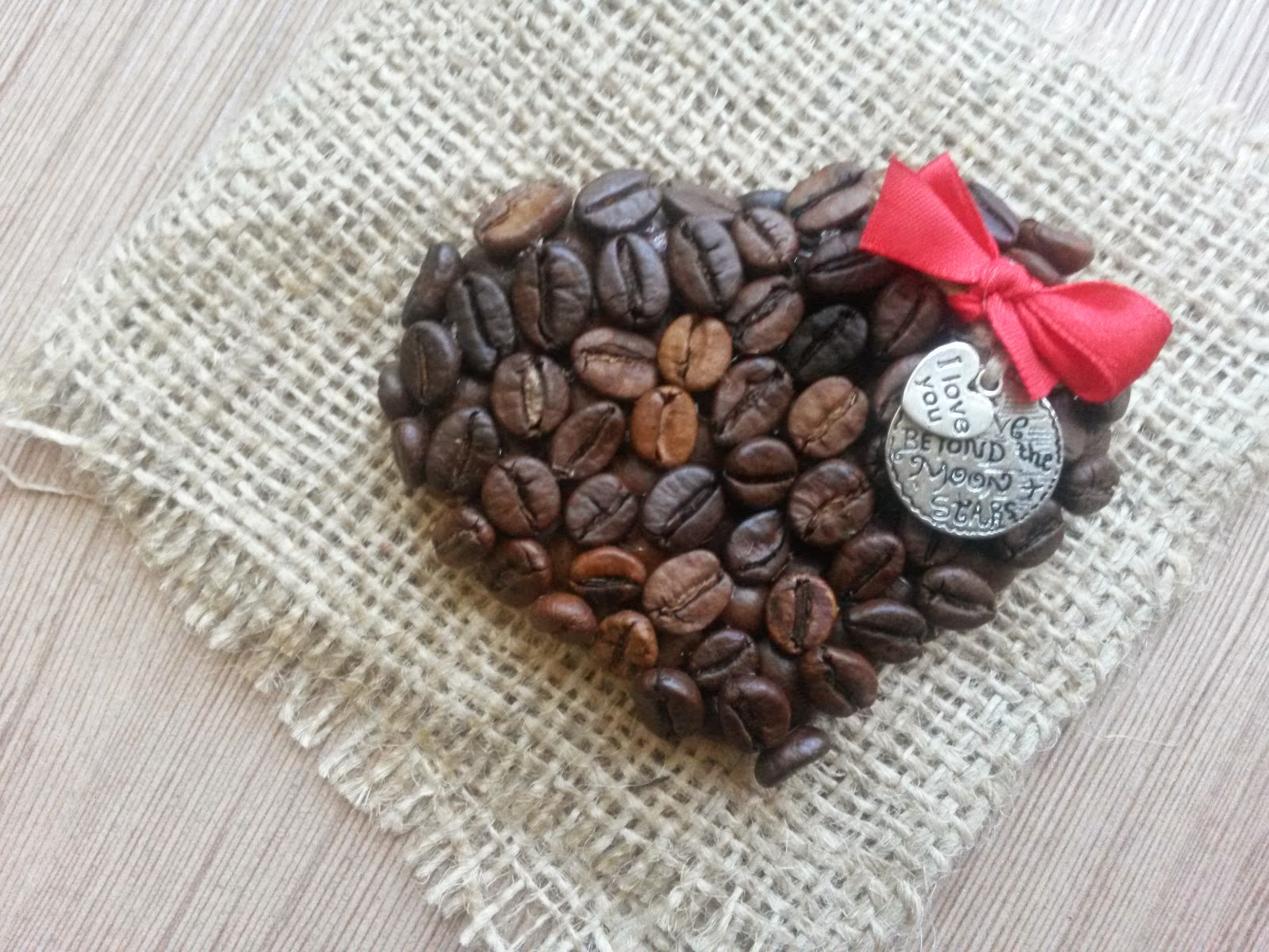 Подарок на 14 февраля своими руками сердце из кофе