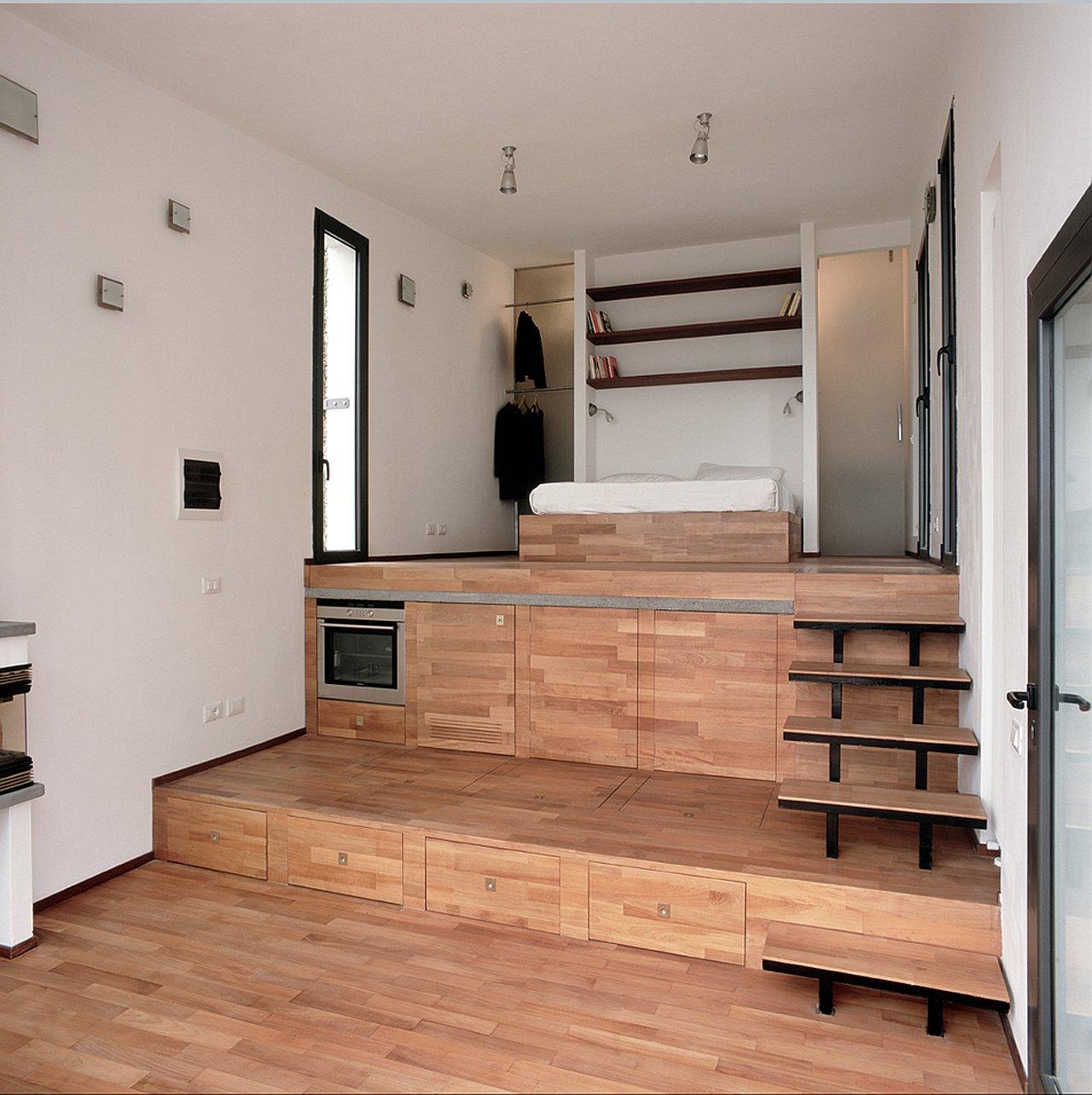 Кровать подиум в комнате