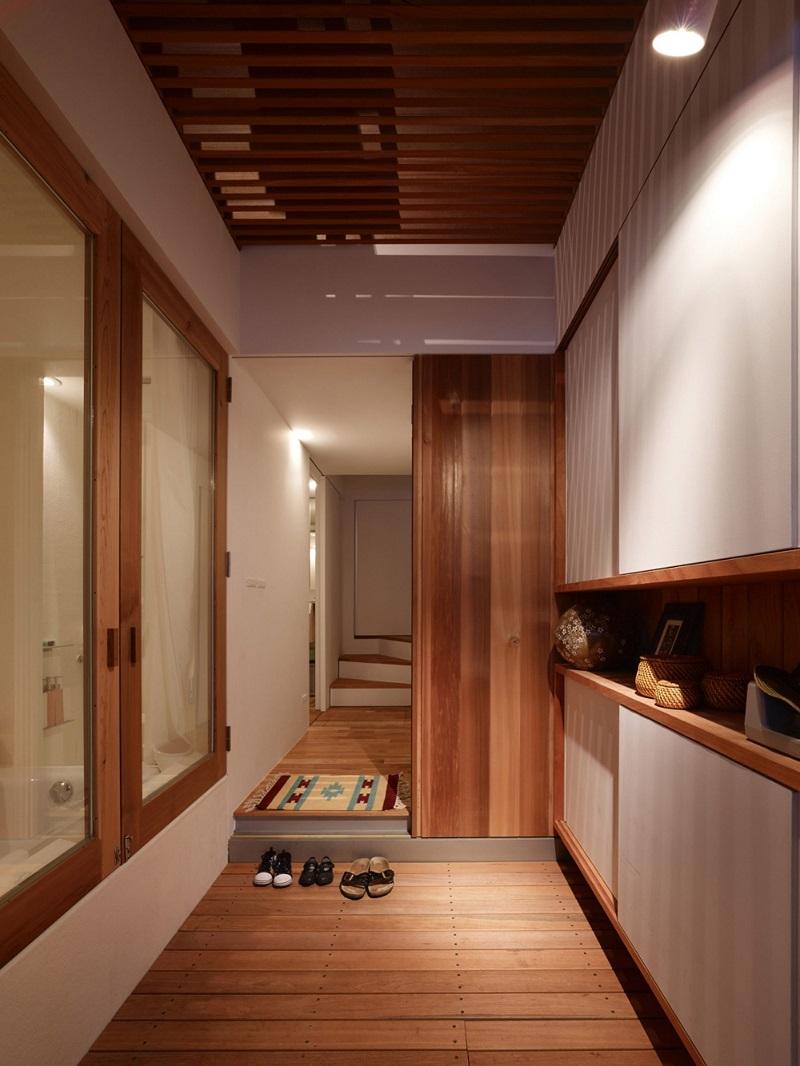 Японский интерьер коридора