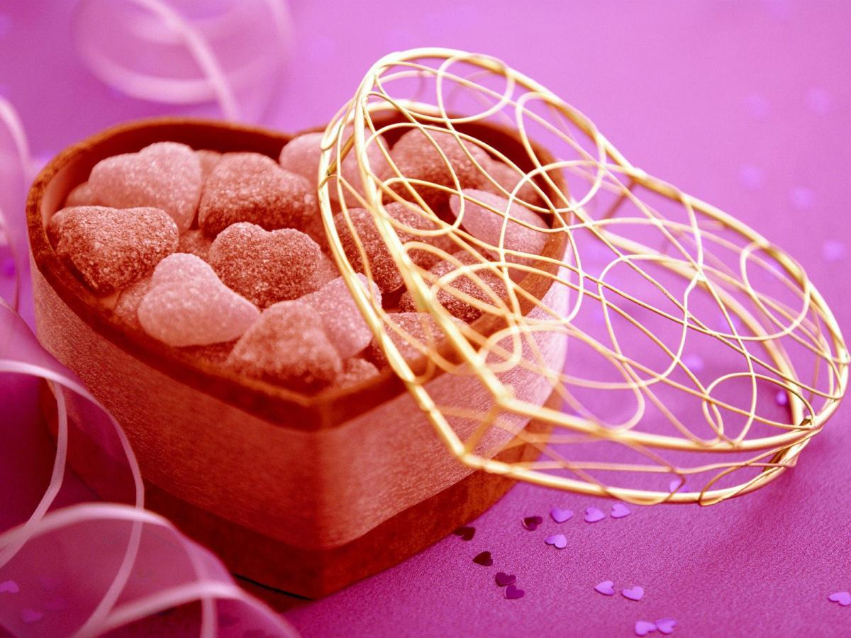 Подарок на 14 февраля своими руками коробка конфет