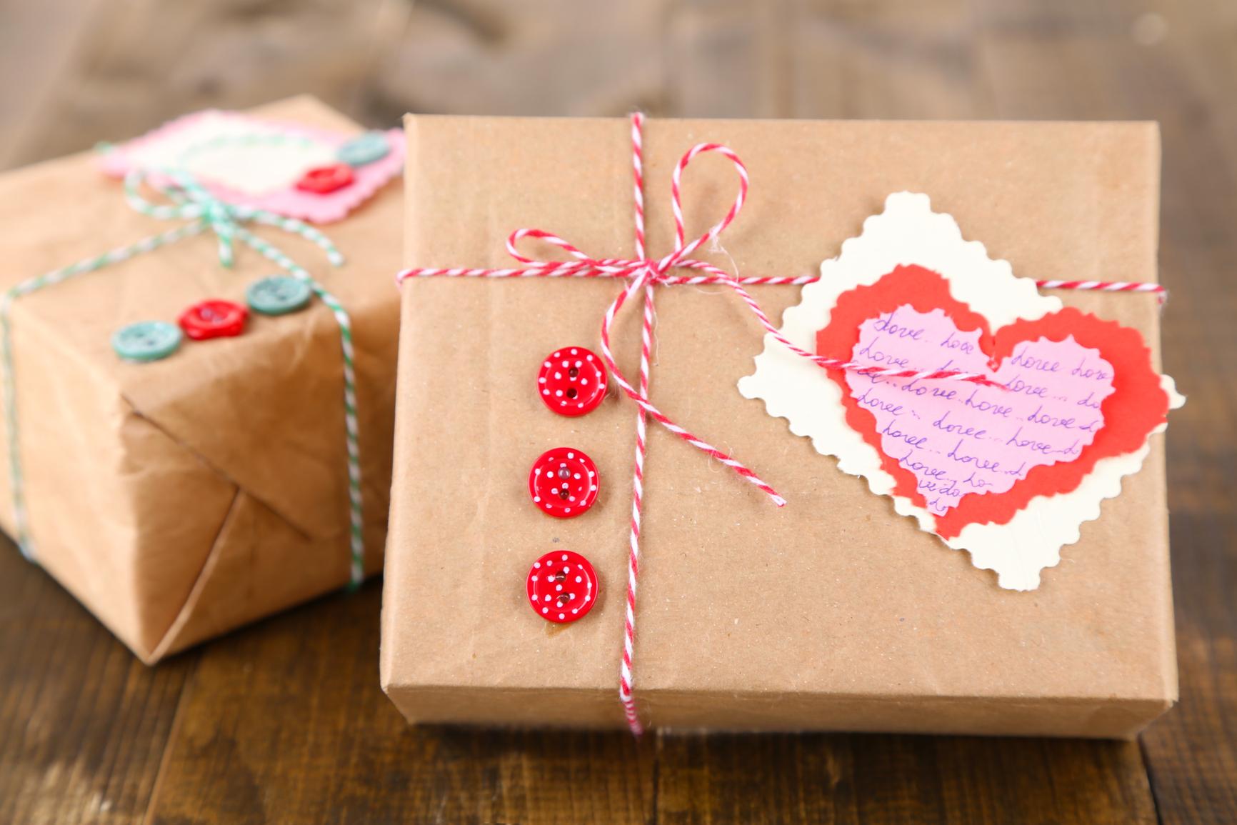 Подарок на 14 февраля своими руками крафтовый