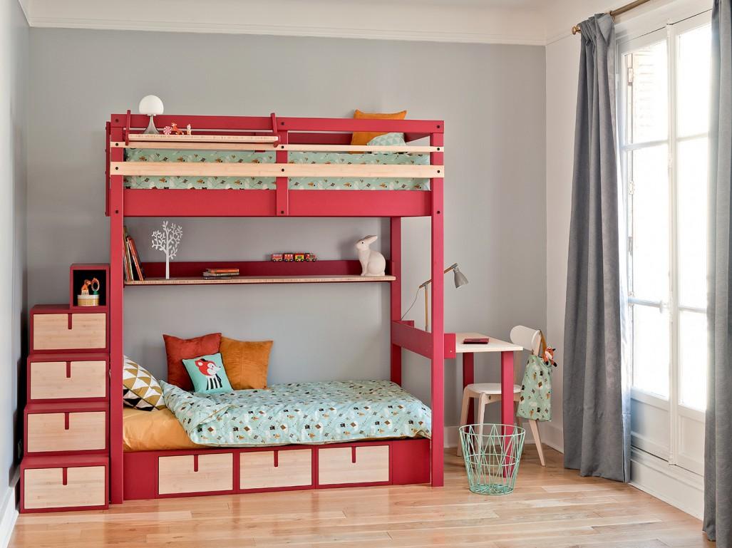 Кровать чердак с лестницей