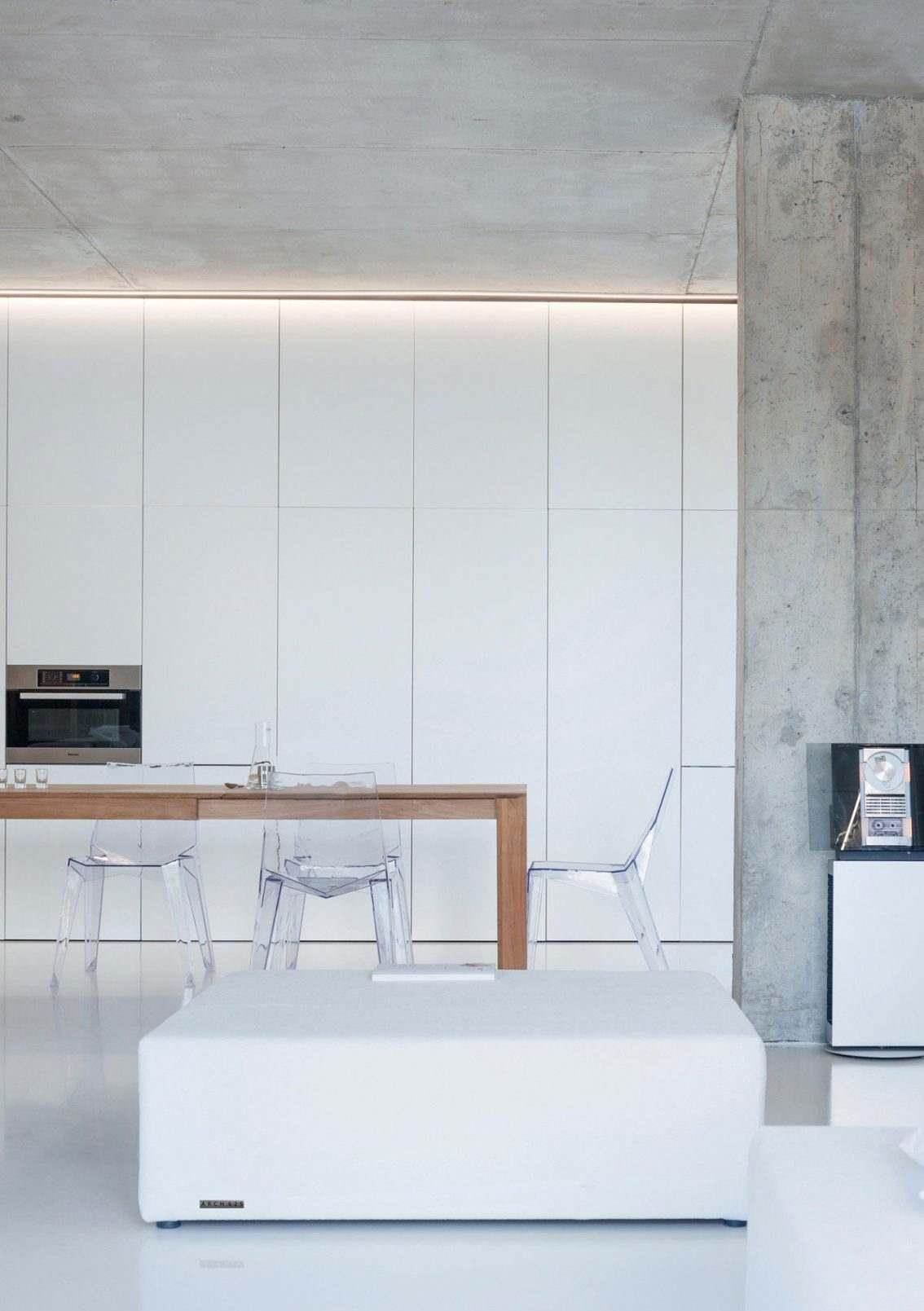 Как расставить мебель в однокомнатной квартире в стиле лофт