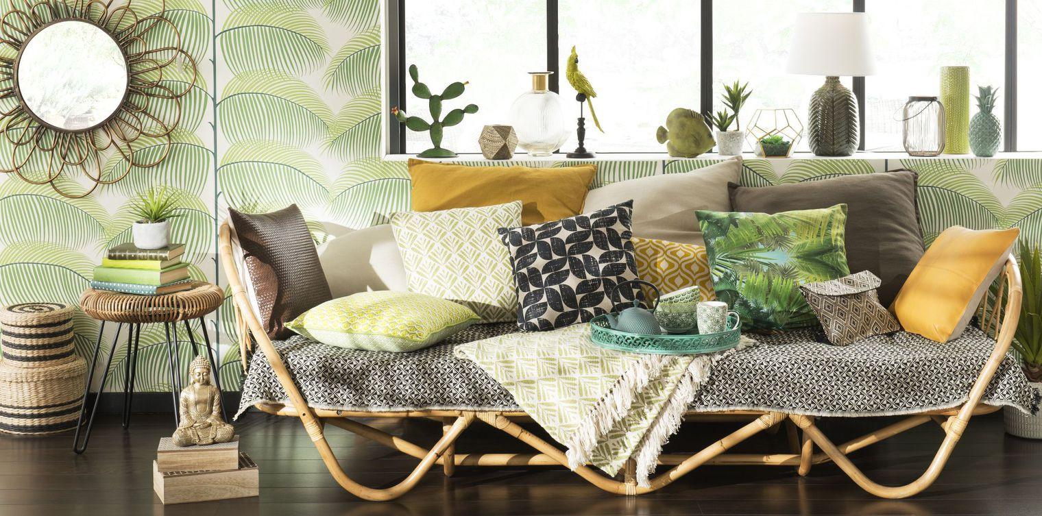 Интерьер для девушки с плетеной мебелью
