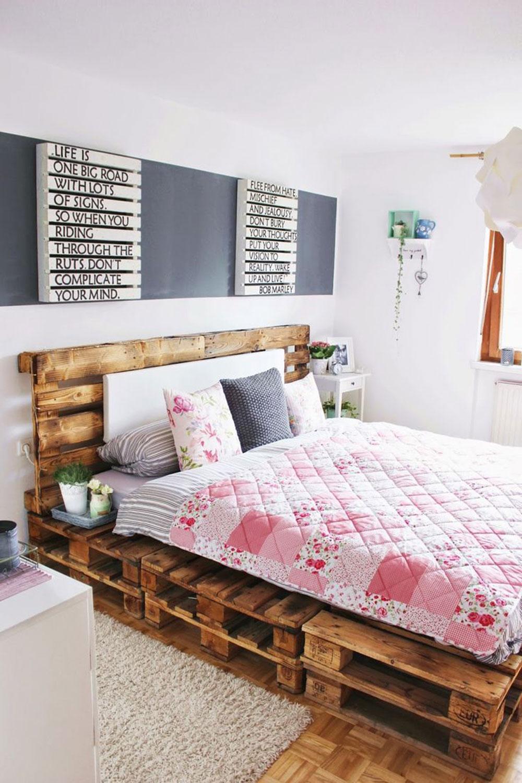 Кровать подиум из паллет
