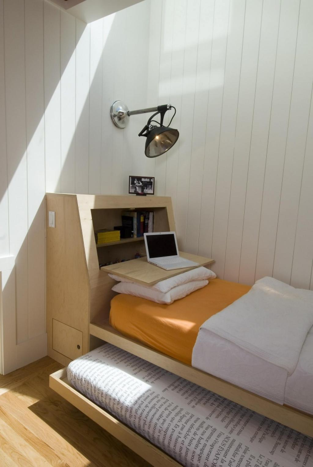 Кровать подиум для подростка