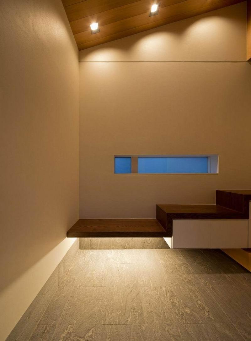 Японский интерьер с подсветкой