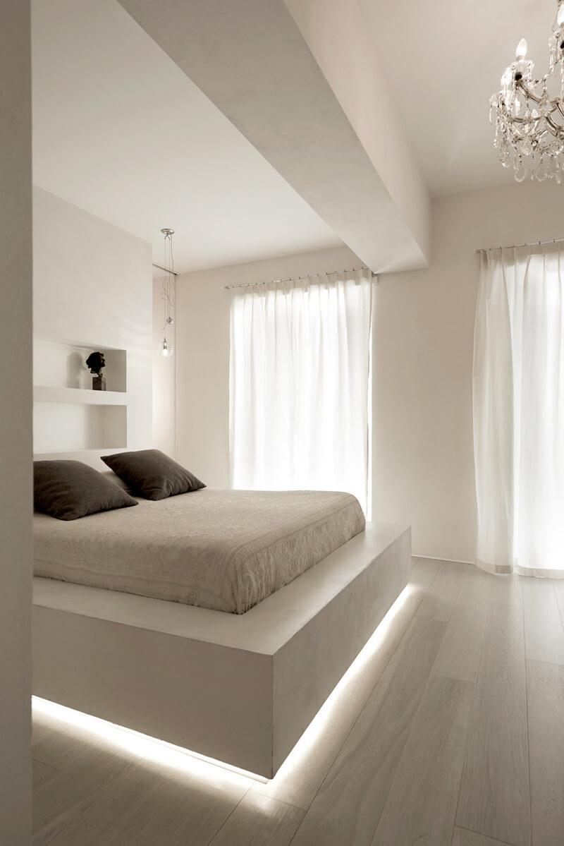 Кровать подиум с подсветкой