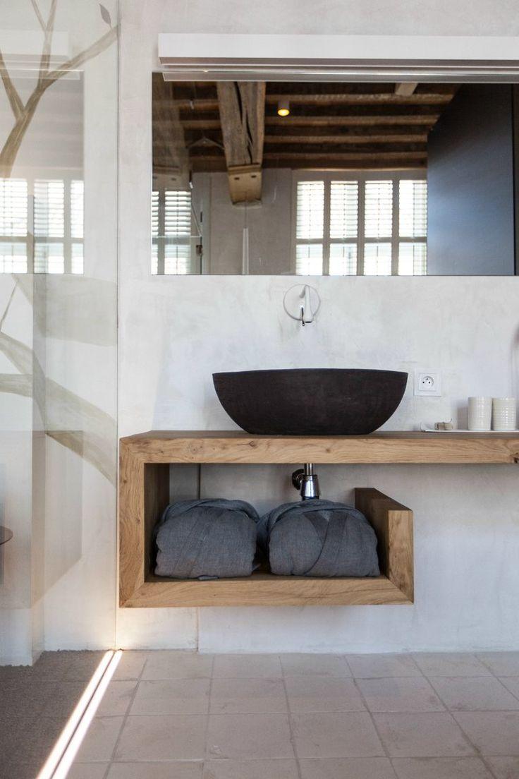 Ванная своими руками с подвесной тумбой