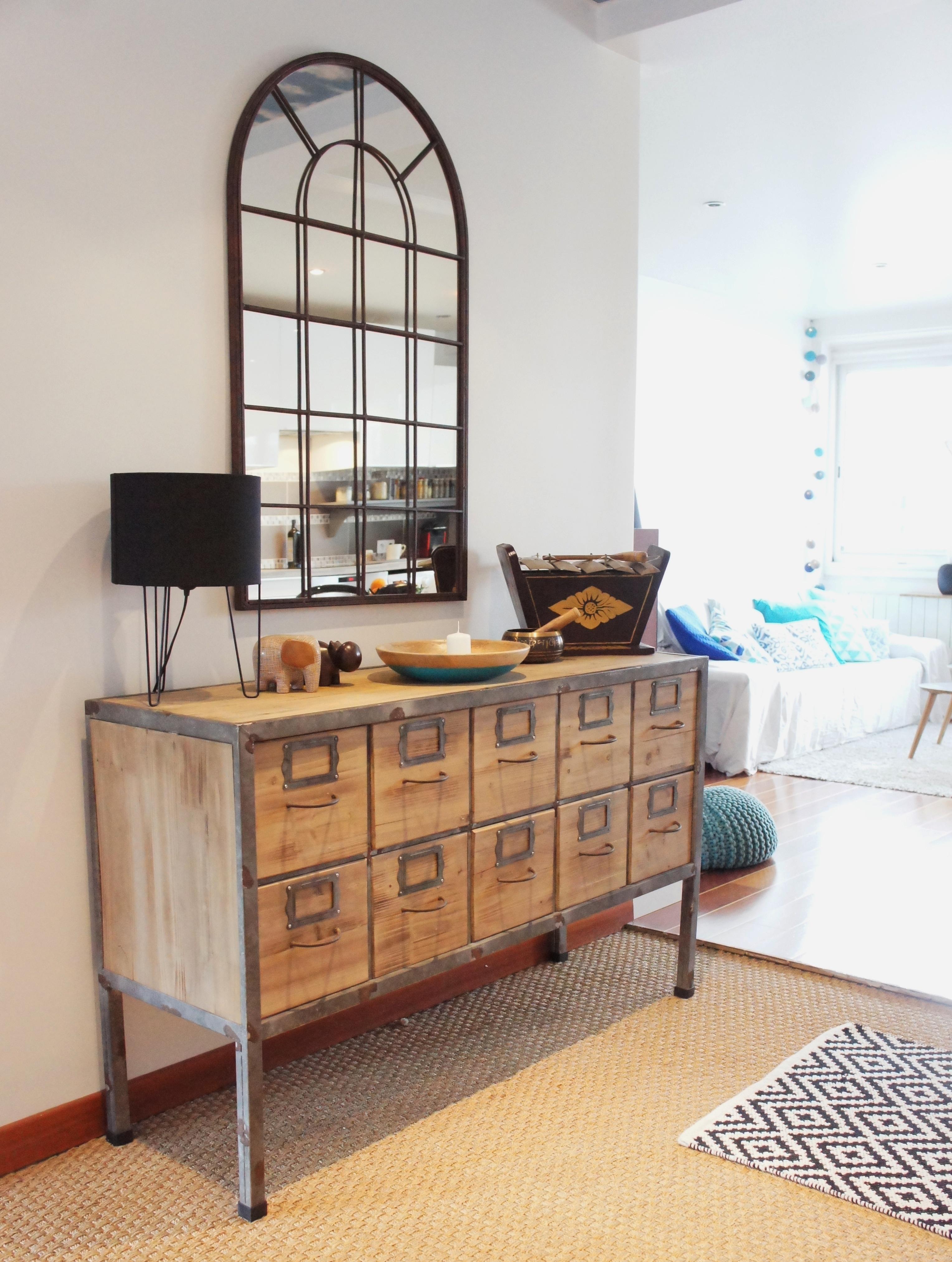 Как расставить мебель в прихожей в однокомнатной квартире