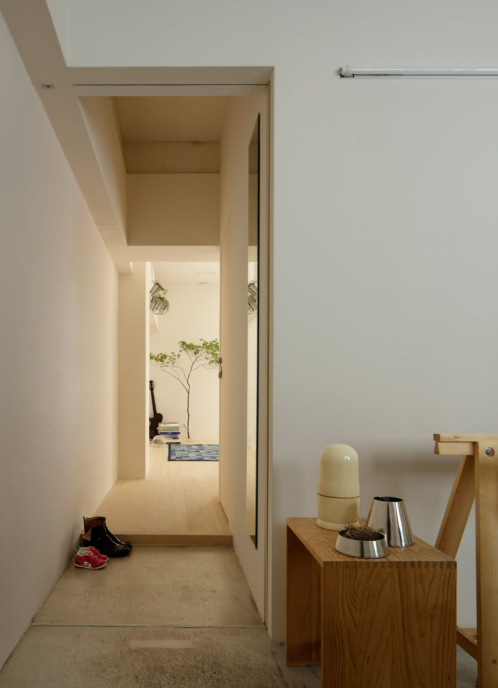 Японский интерьер прихожей в доме