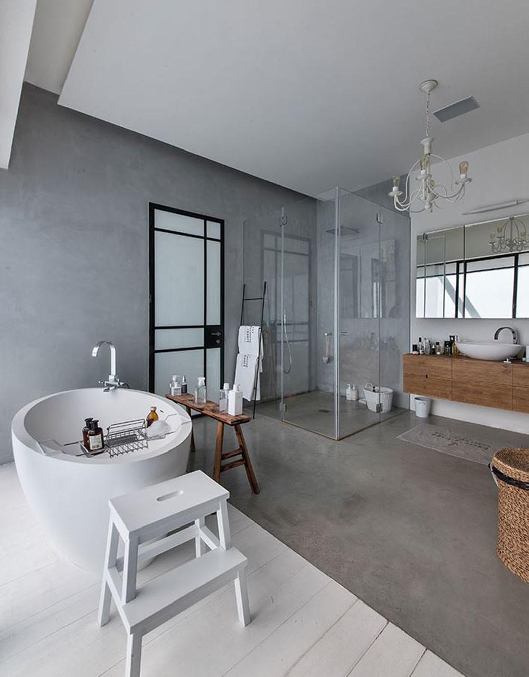 Большая ванная просторная