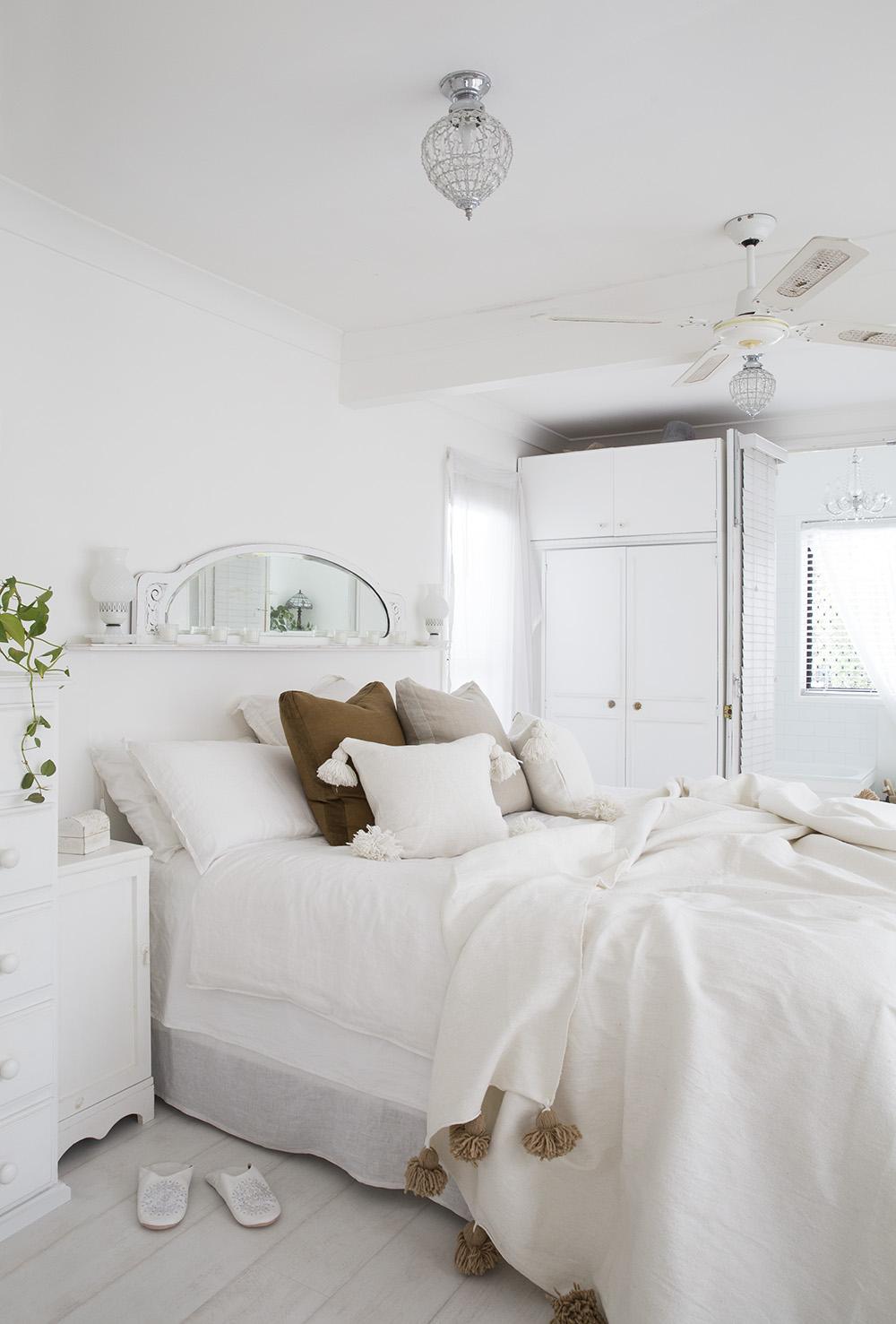Белый интерьер в стиле прованс