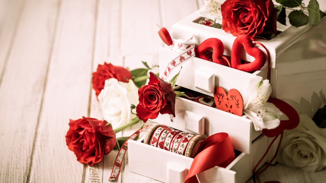 Подарок на 14 февраля своими руками шкатулка