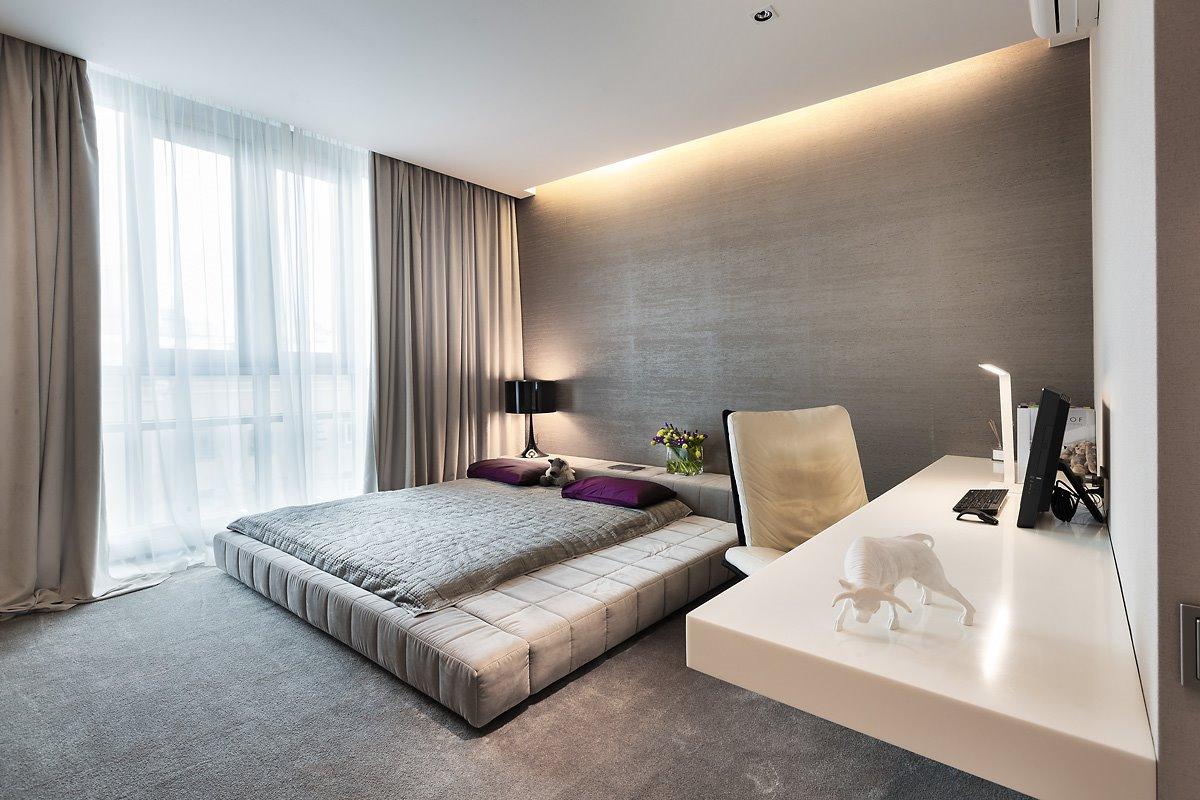 Кровать подиум велюровая