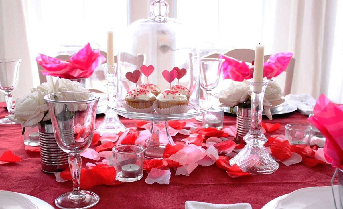 Подарок на 14 февраля своими руками праздничный стол