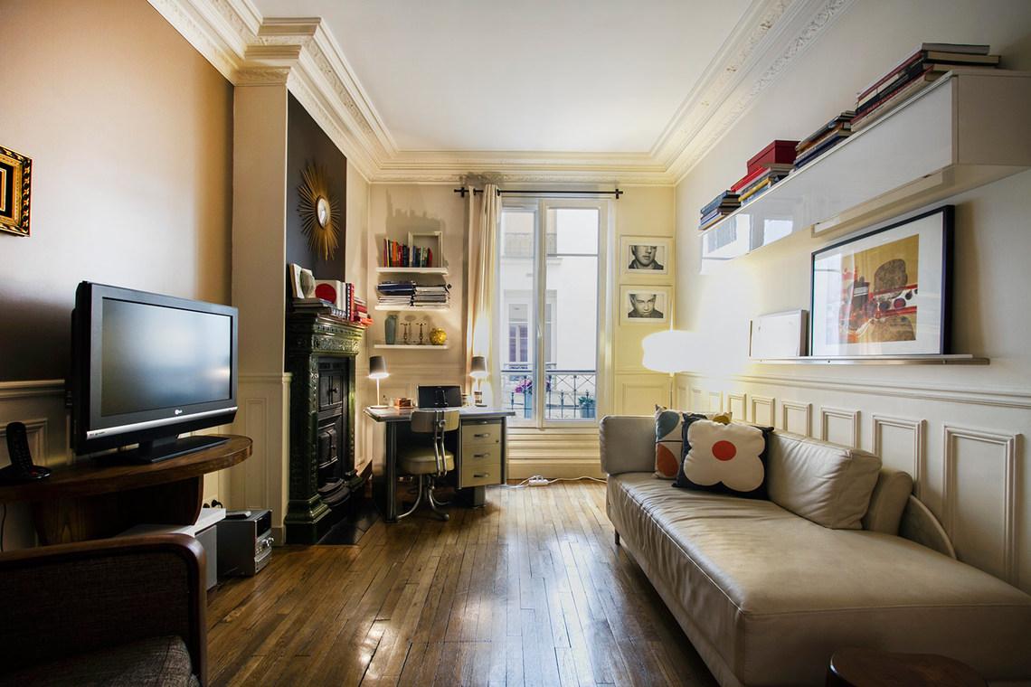 Как расставить мебель в однокомнатной квартире с тахтой