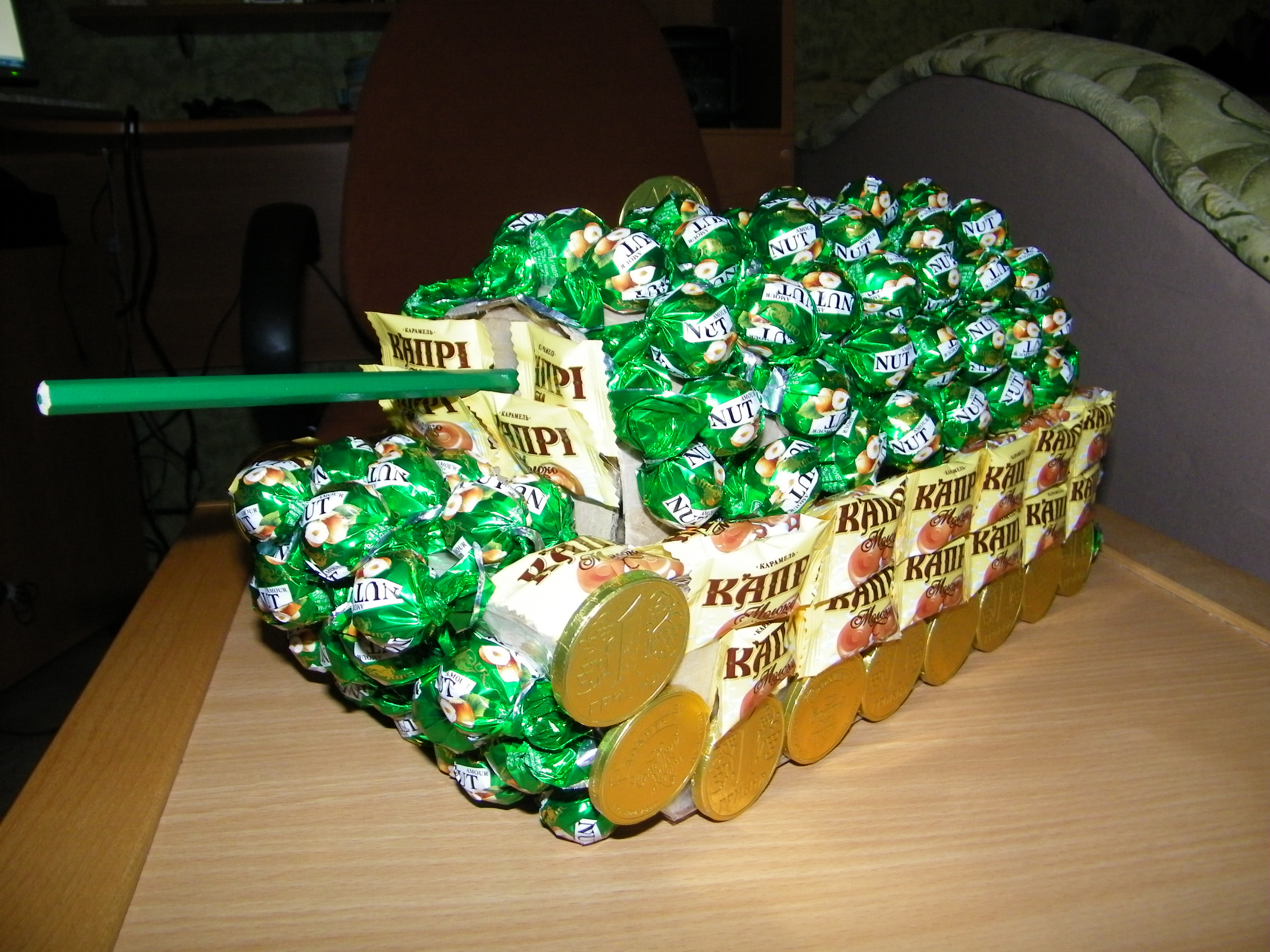 Подарки на 23 февраля своими руками танк