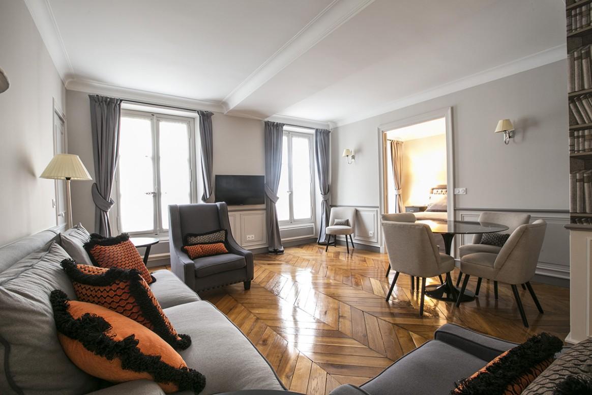 Как удобно расставить мебель в однокомнатной квартире