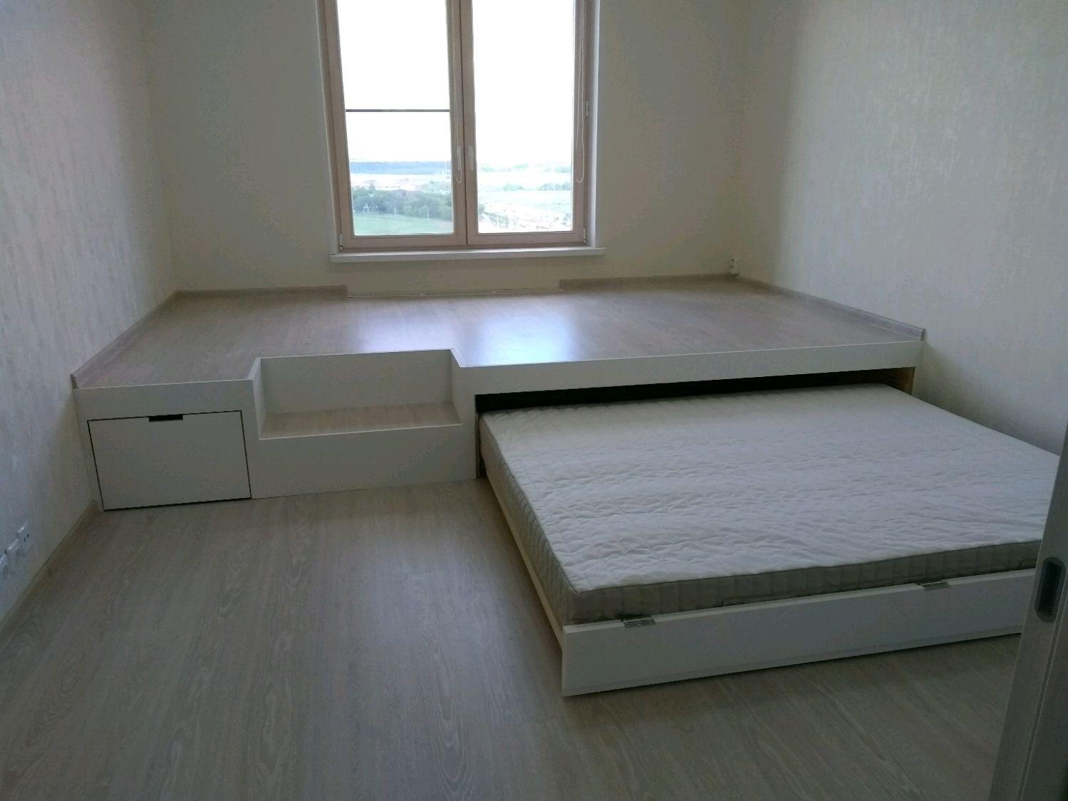 Кровать подиум выдвижная двуспальная