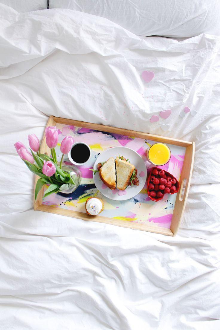 Подарок на 14 февраля своими руками завтрак