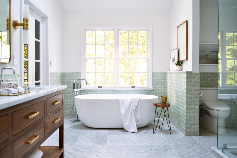 Большая ванная зеленая