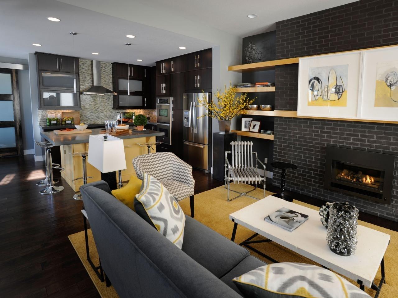Дизайн кухни гостиной с яркими акцентами