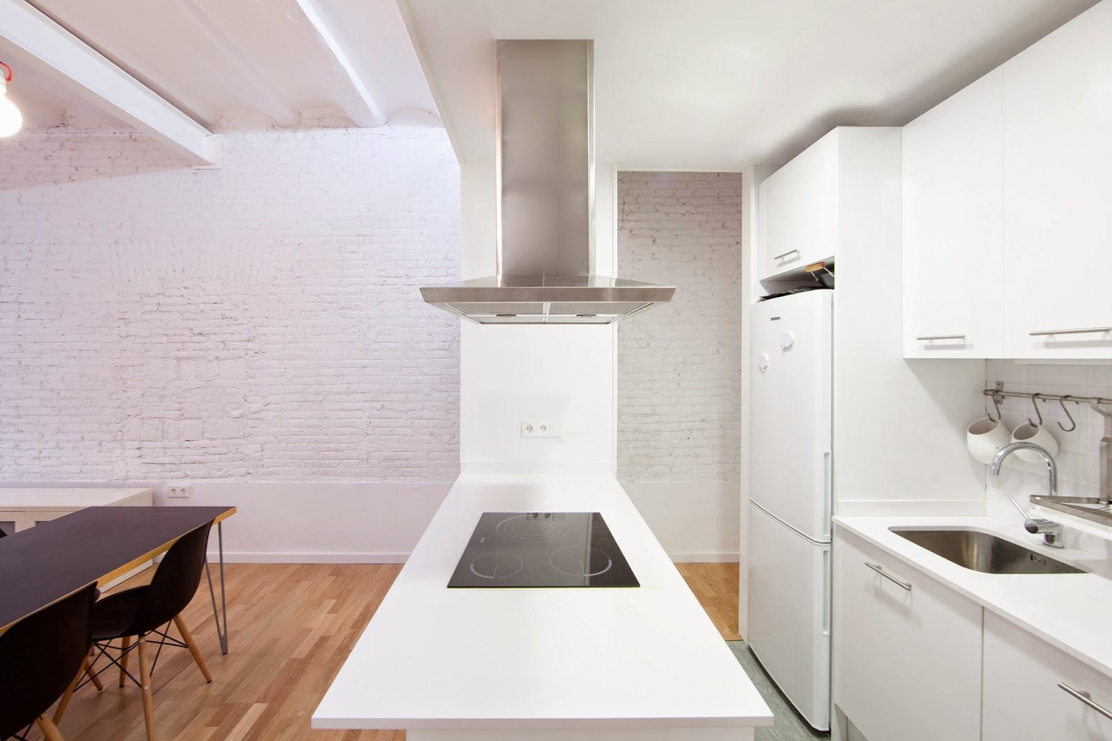 Однокомнатная квартира 40 кв м белая