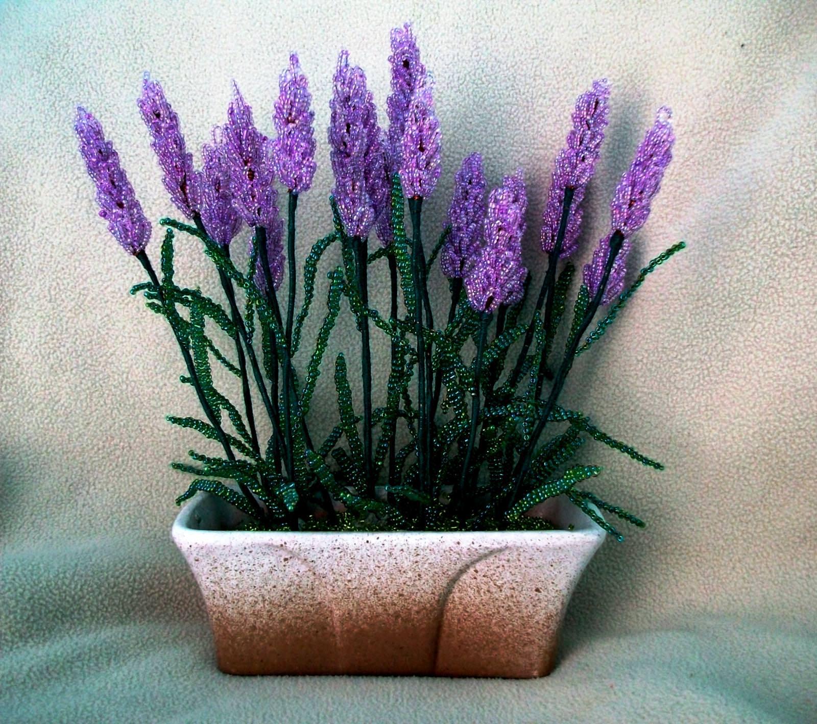 Поделки на 8 марта цветы из бисера