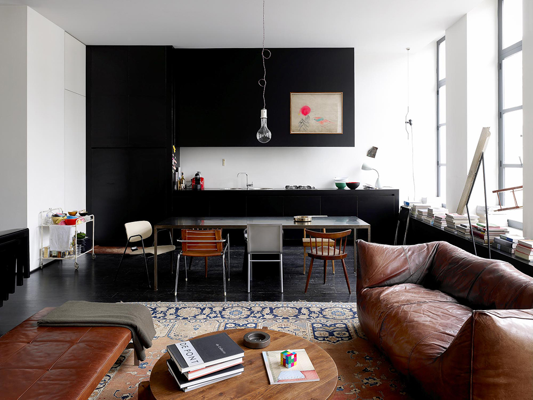 Дизайн кухни гостиной черной