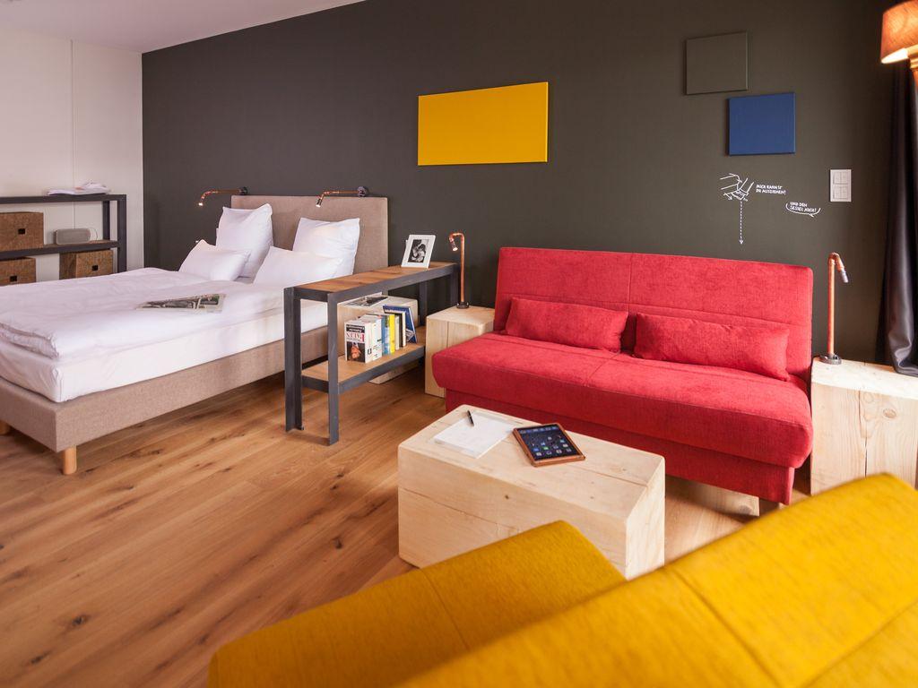 Однокомнатная хрущевка с диваном