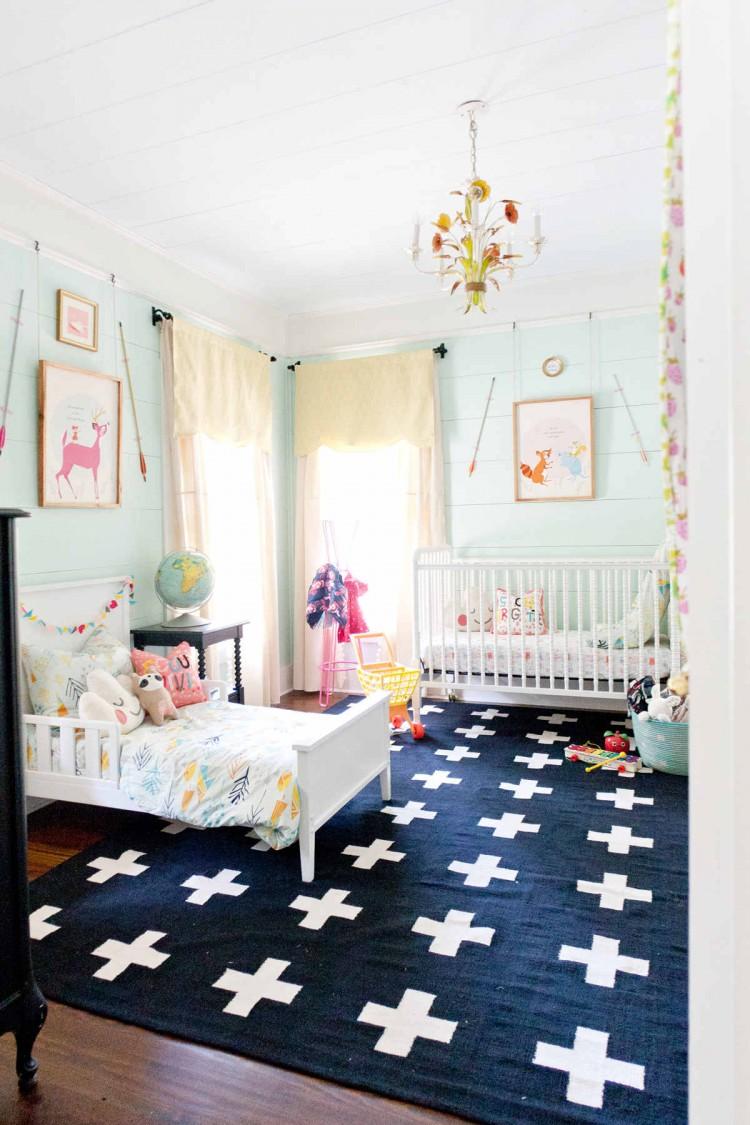Детская для двоих детей с ковром