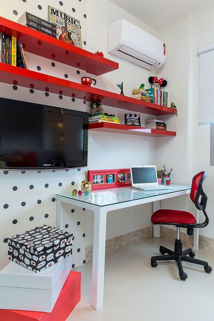 Декор детской комнаты красный
