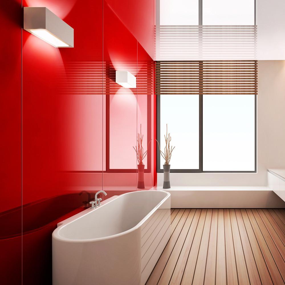 Ремонт туалета панелями красными