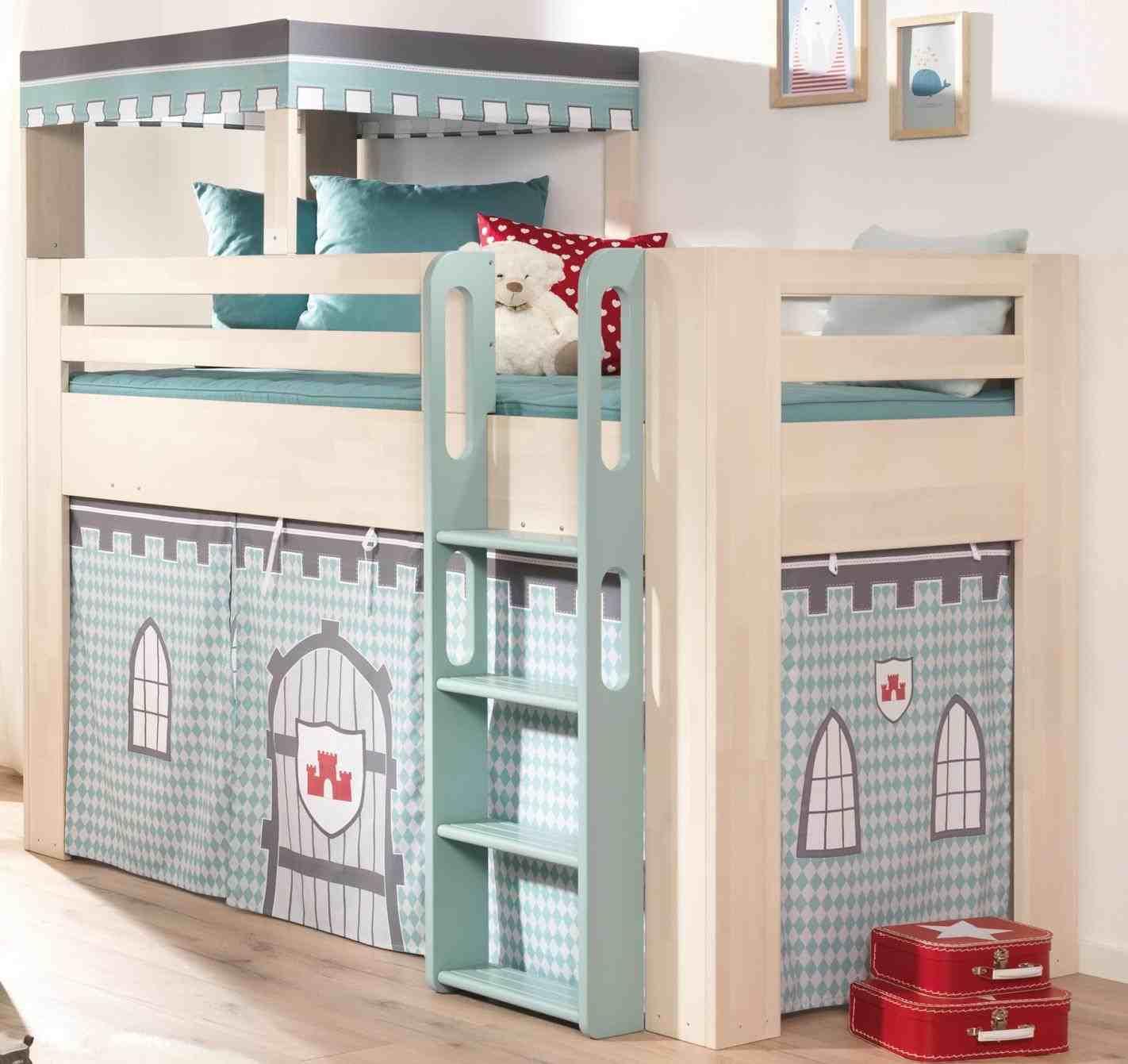 Детская для двоих детей с кроватью