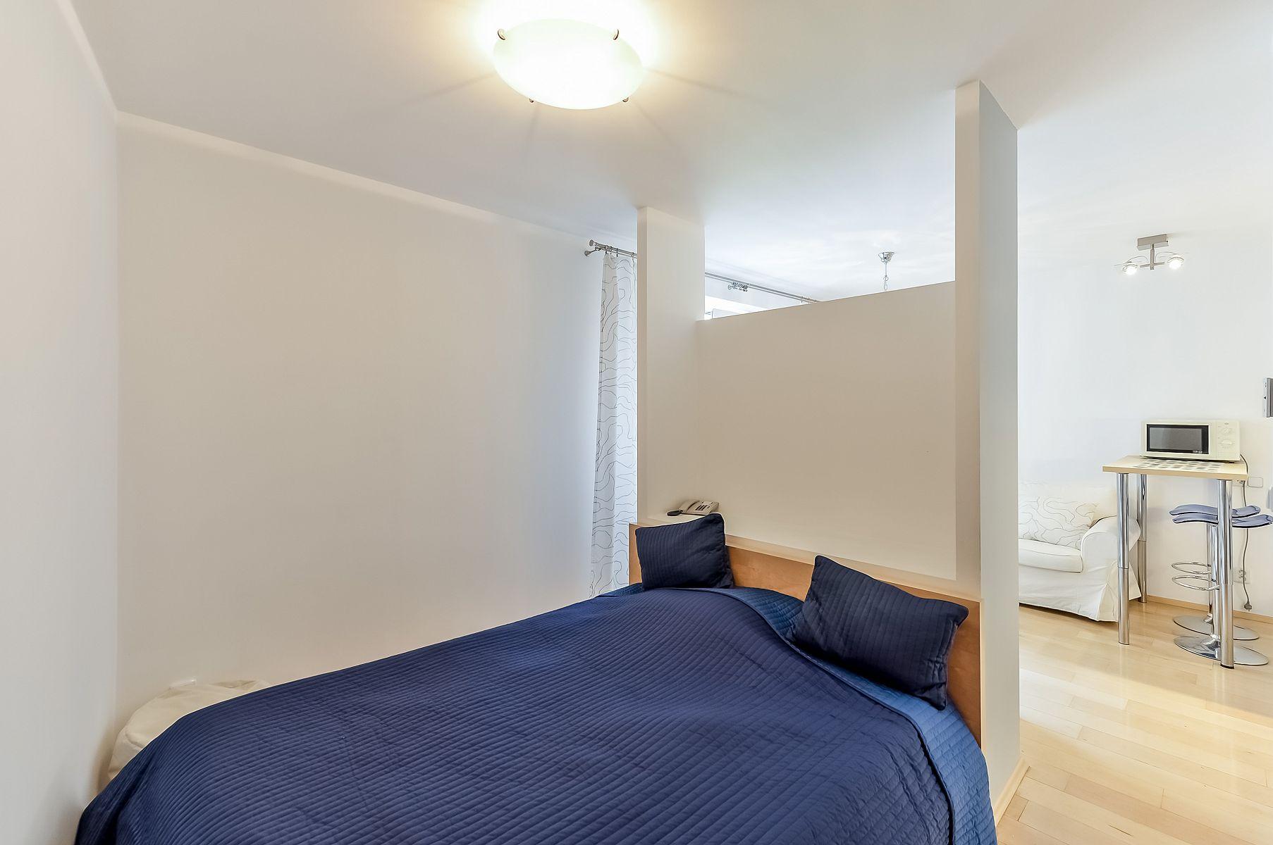 Однокомнатная квартира 40 кв м с кроватью