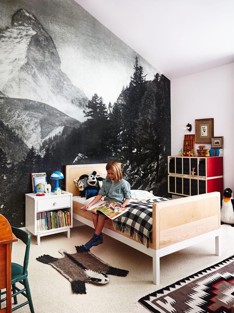 Декор детской комнаты на мансарде