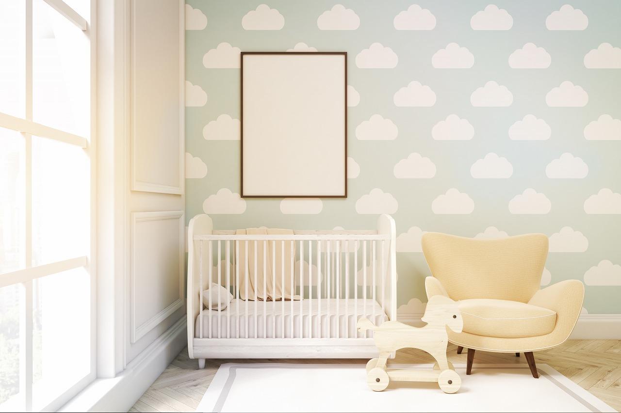 Декор детской комнаты с обоями
