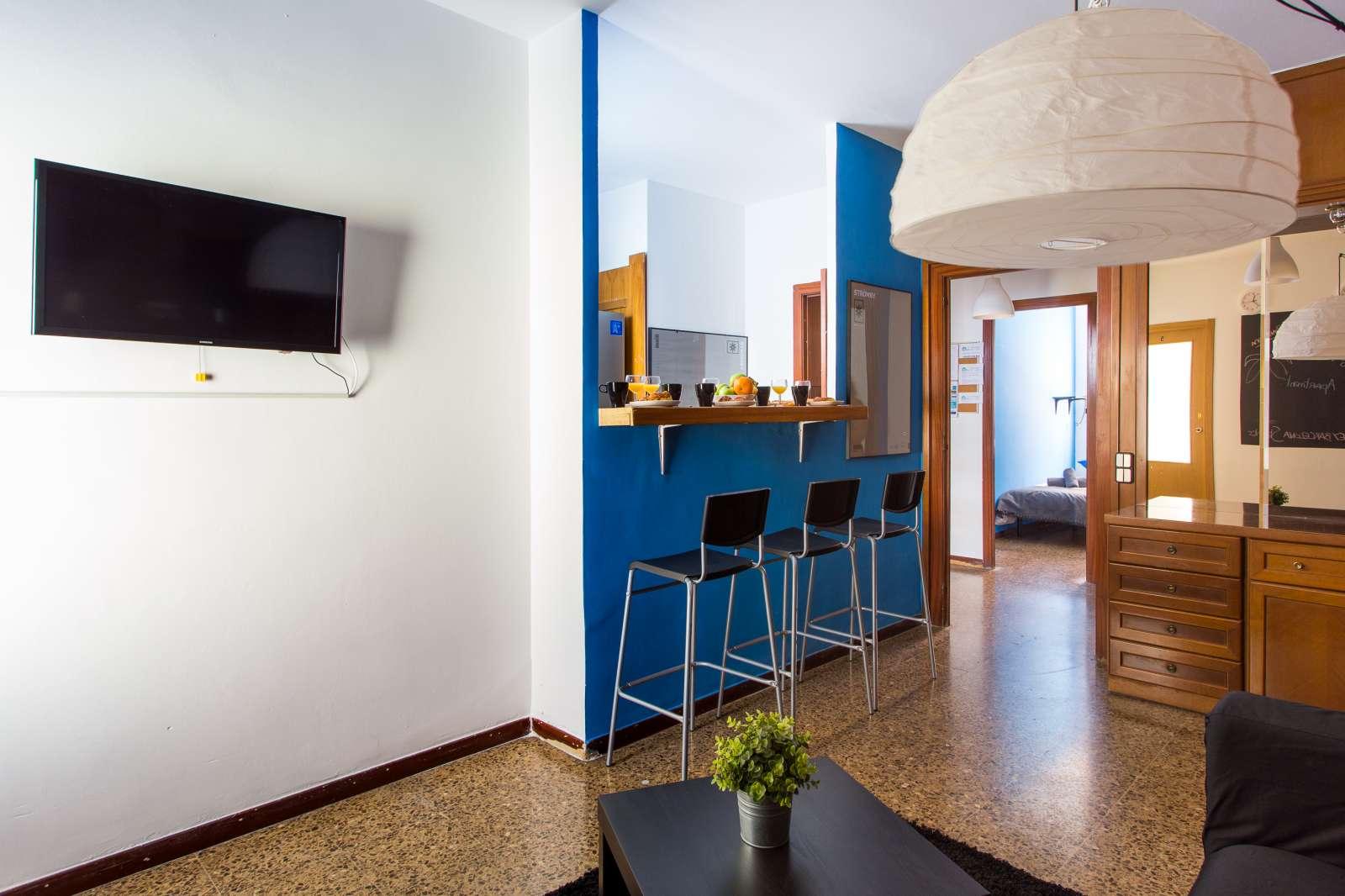Дизайн кухни гостиной с отделкой