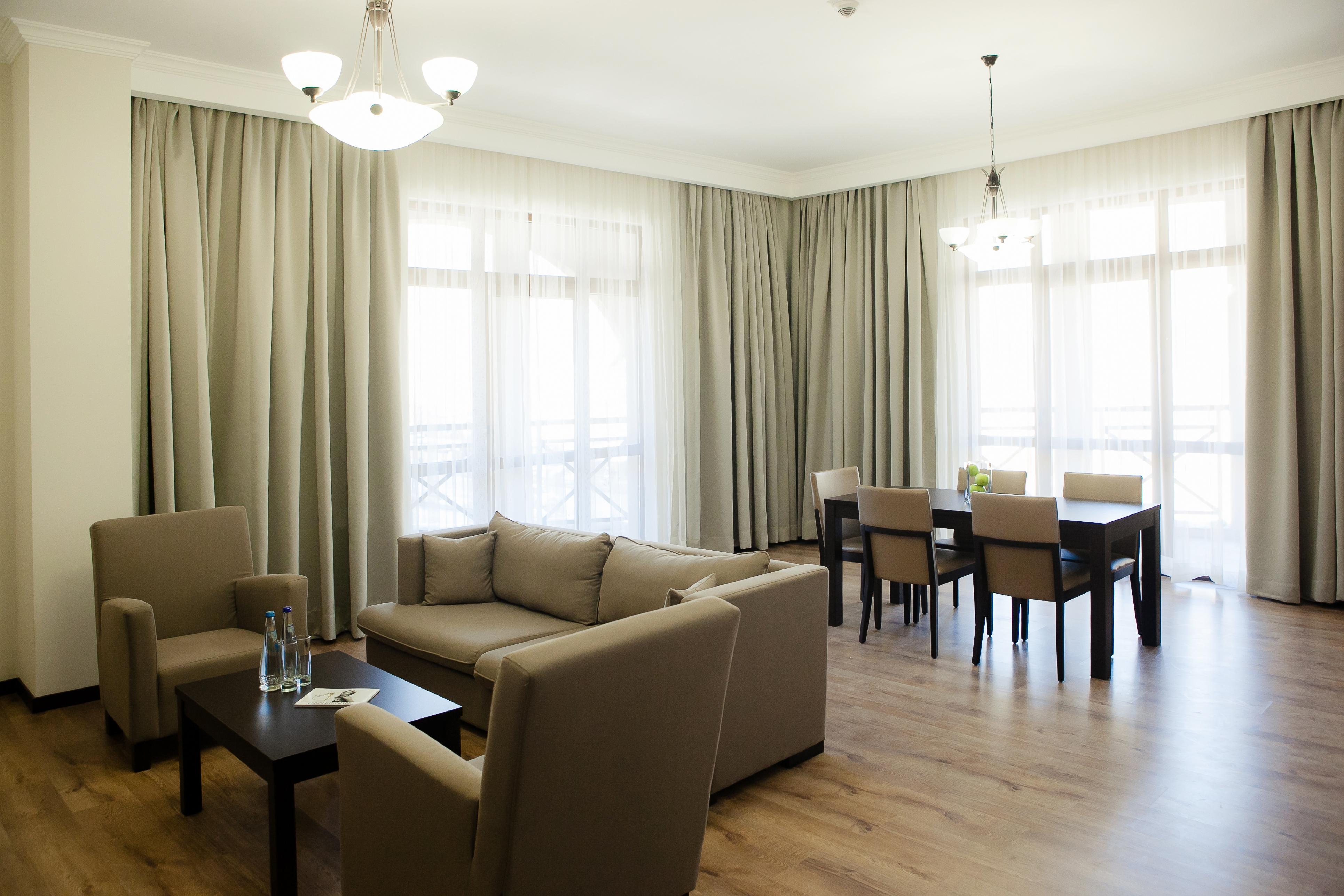 Однокомнатная квартира 40 кв м с панорамными окнами