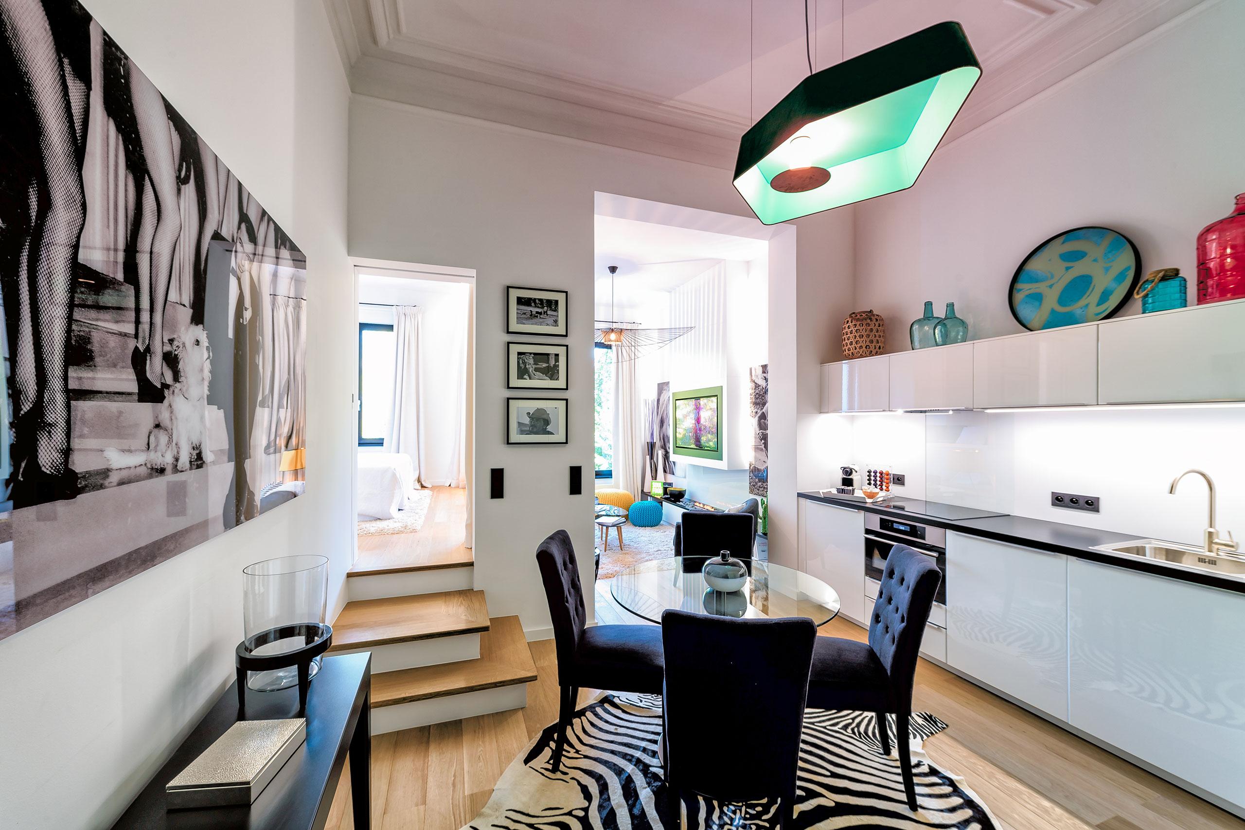 Дизайн кухни гостиной с порталом