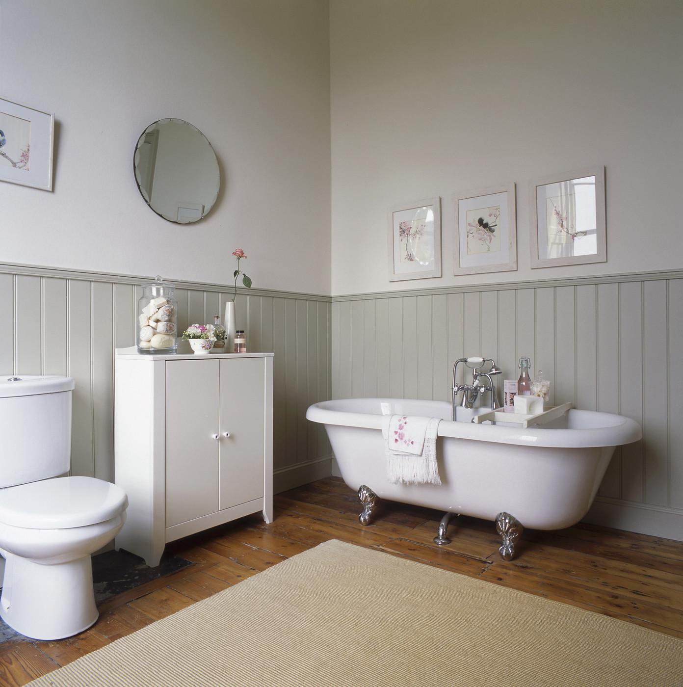 Ремонт туалета панелями рейками
